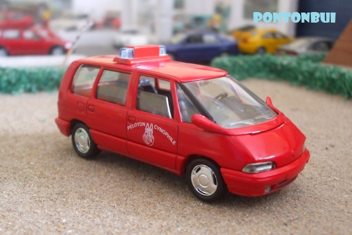 * 01 - Renault ( Les modernes post-1990 )  Monosp10