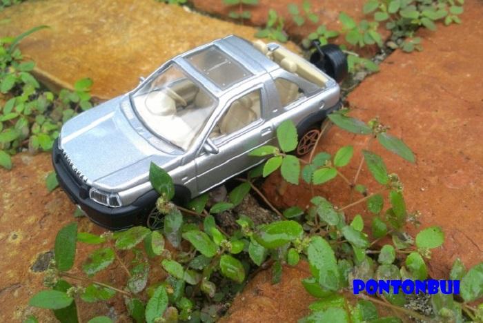 15 - Land Rover ¤ P1010613