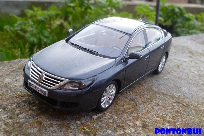 * 01 - Renault ( Les modernes post-1990 )  P1130126
