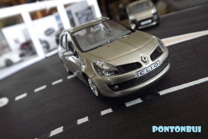 * 01 - Renault ( Les modernes post-1990 )  Renaul27