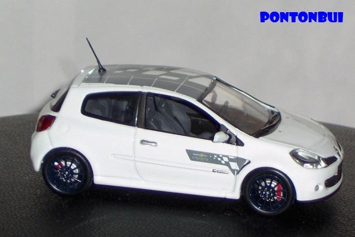 * 01 - Renault ( Les modernes post-1990 )  Renaul33