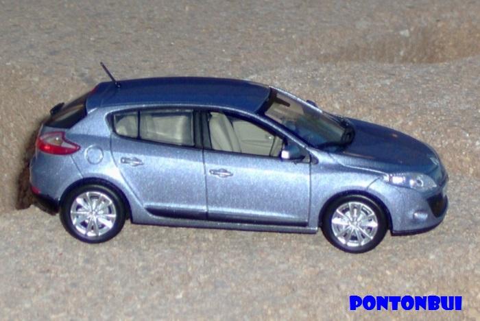 * 01 - Renault ( Les modernes post-1990 )  Renaul45