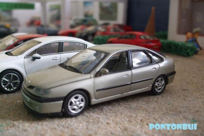 * 01 - Renault ( Les modernes post-1990 )  Renaul48