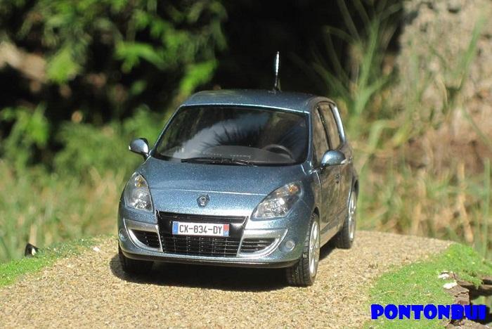 * 01 - Renault ( Les modernes post-1990 )  Scanic17