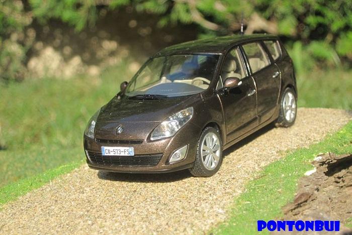 * 01 - Renault ( Les modernes post-1990 )  Scenic12