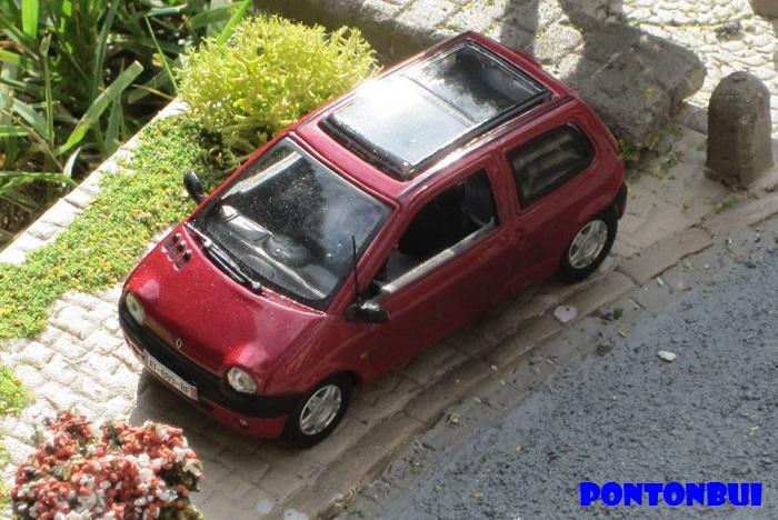 * 01 - Renault ( Les modernes post-1990 )  Twingo13