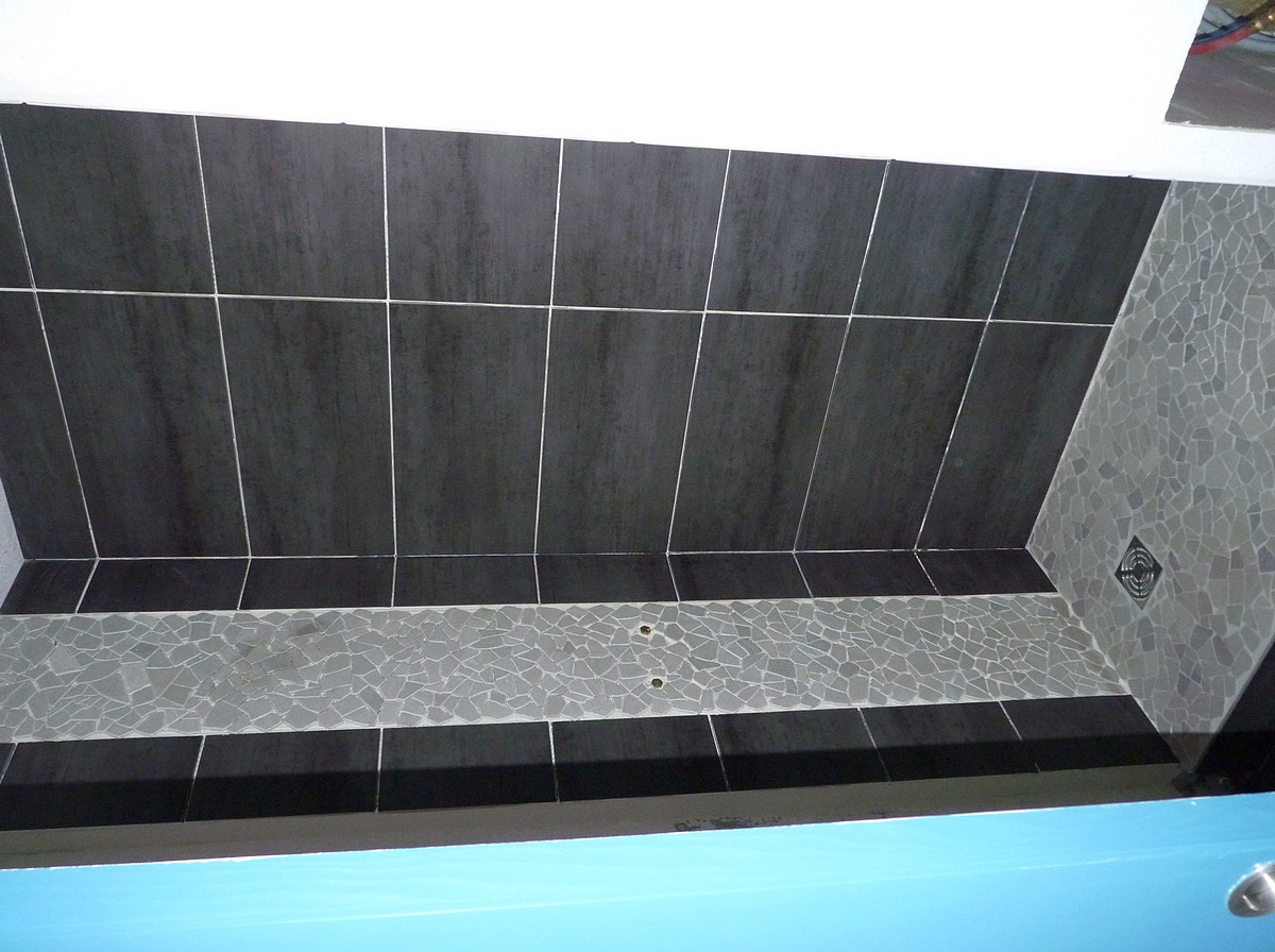 Construction douche à l'italienne P1110610