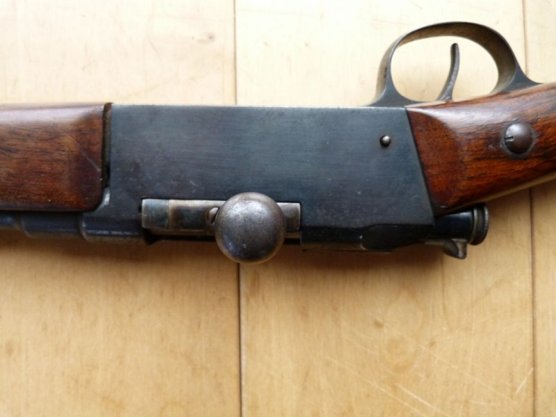 Identification et estimation d'une carabine Lebel scolaire. Carabi17