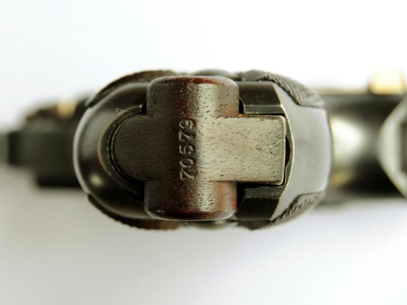 Un rare Luger DWM 1908 commercial-armée. Dwm_1924