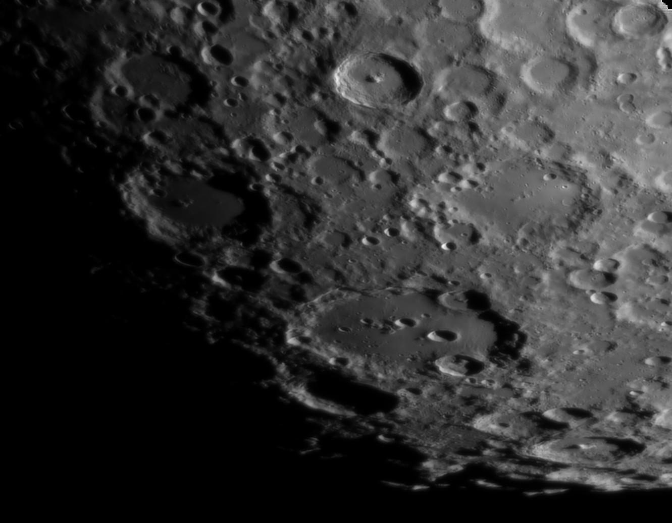 La Lune - Page 32 Claviu10