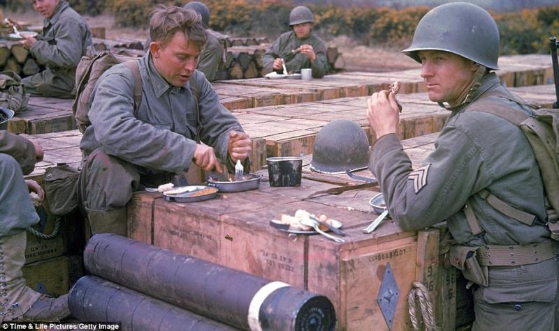 70e anniversaire du débarquement aéroportée en Normandie dans la nuit du 5 au 6 juin 1944 1_paus10