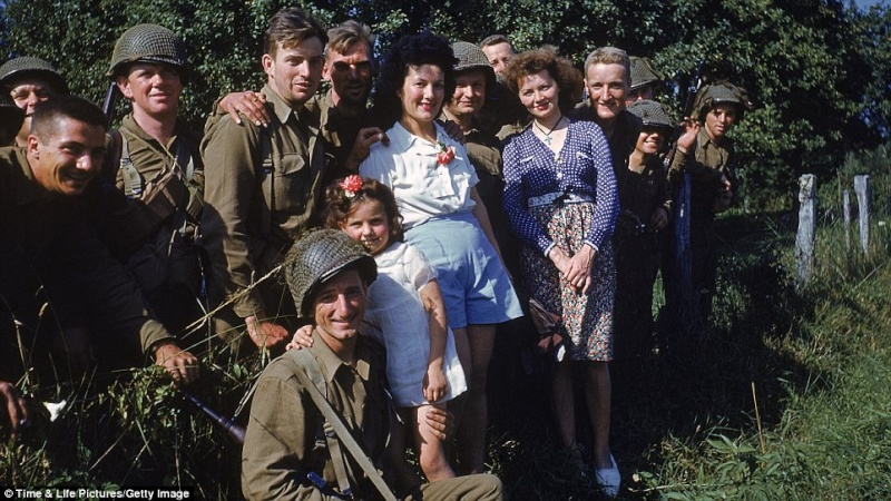 70e anniversaire du débarquement aéroportée en Normandie dans la nuit du 5 au 6 juin 1944 7_en_n10