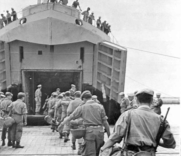 L'armée française quitte l'Algérie, été 1964 An196412