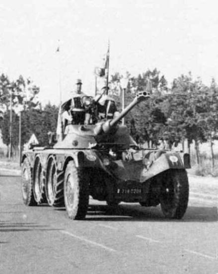 L'armée française quitte l'Algérie, été 1964 An196416