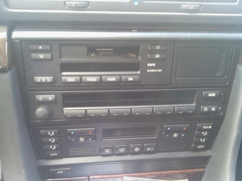 auto radio d'origine  qui capte très mal Img_2011