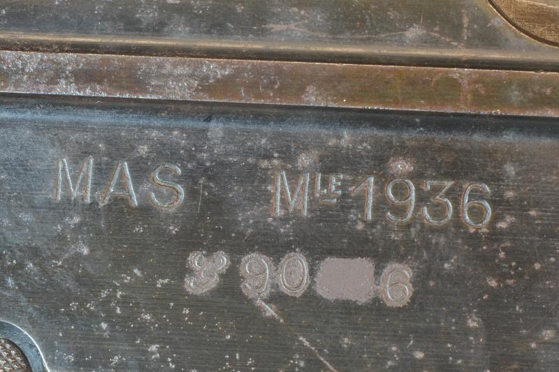 MAS 36 oui mais celui là c'est le mien Dsc_0468