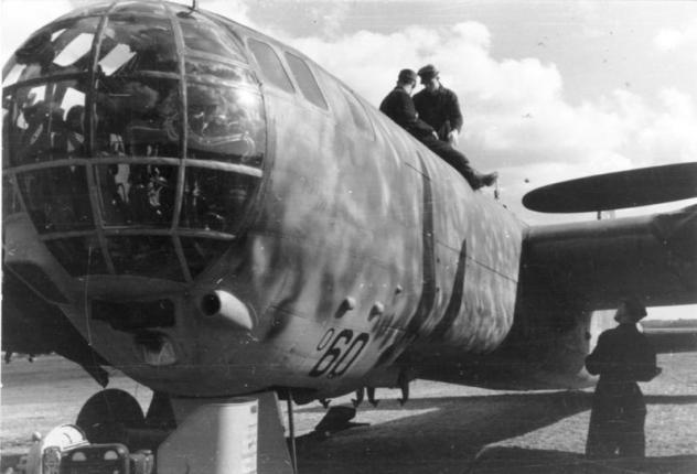 Heinkel He177A-5 (MPM) [En cours de construction] - Page 6 Bundes10