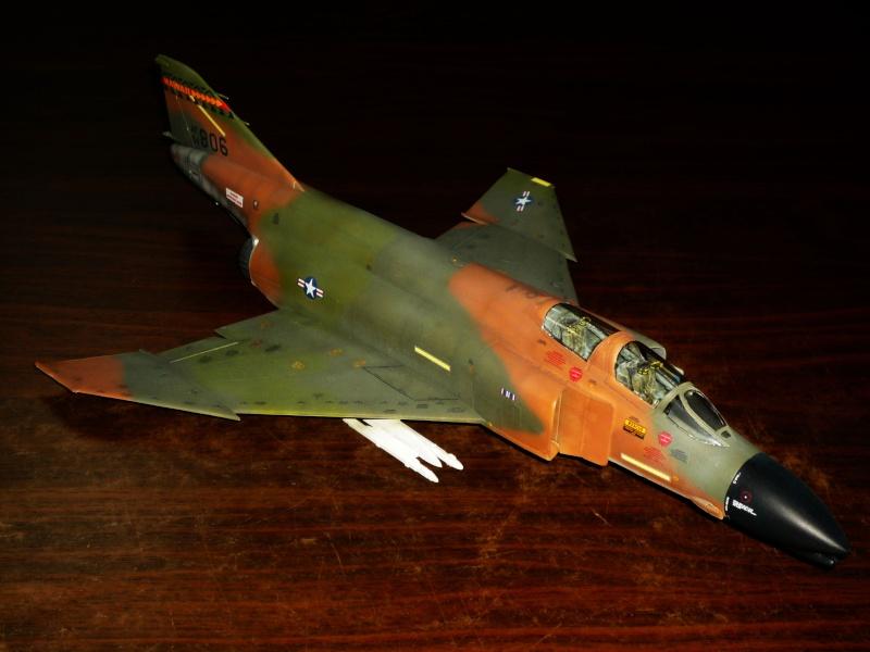 F-4 C/D Phantom II  [ REVELL ]  (Montage et Peinture terminés). P1080617