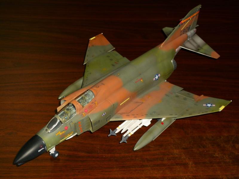 F-4 C/D Phantom II  [ REVELL ]  (Montage et Peinture terminés). - Page 2 P1080625