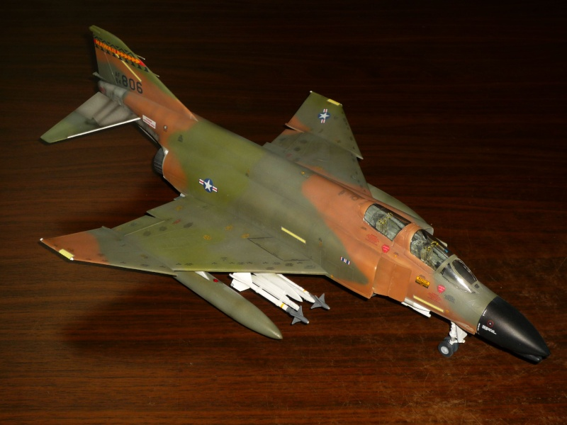 F-4 C/D Phantom II  [ REVELL ]  (Montage et Peinture terminés). - Page 2 P1080628