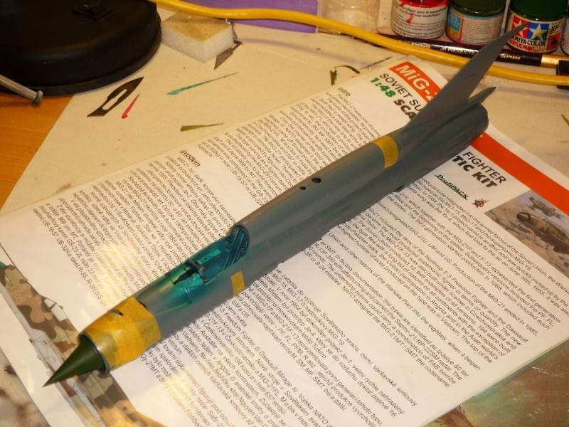 MiG-21 SMT Fishbed-K  [ EDUARD ] (Montage en cours) P1080810