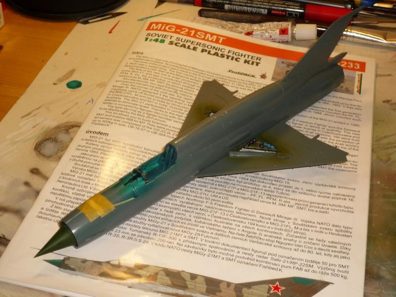 MiG-21 SMT Fishbed-K  [ EDUARD ] (Montage en cours) - Page 2 P1080813