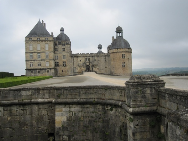 Jardins et Château de Hautefort Cl111