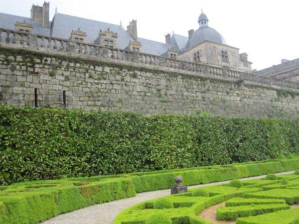 Jardins et Château de Hautefort Cl410