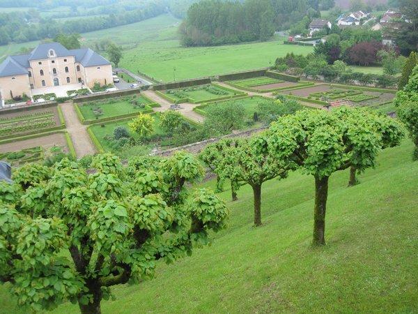 Jardins et Château de Hautefort Cl910