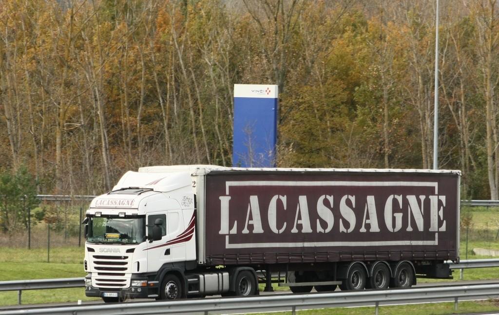 Lacassagne (Cestas 33) (repris pas les transports Guyamier) - Page 2 Img_1748