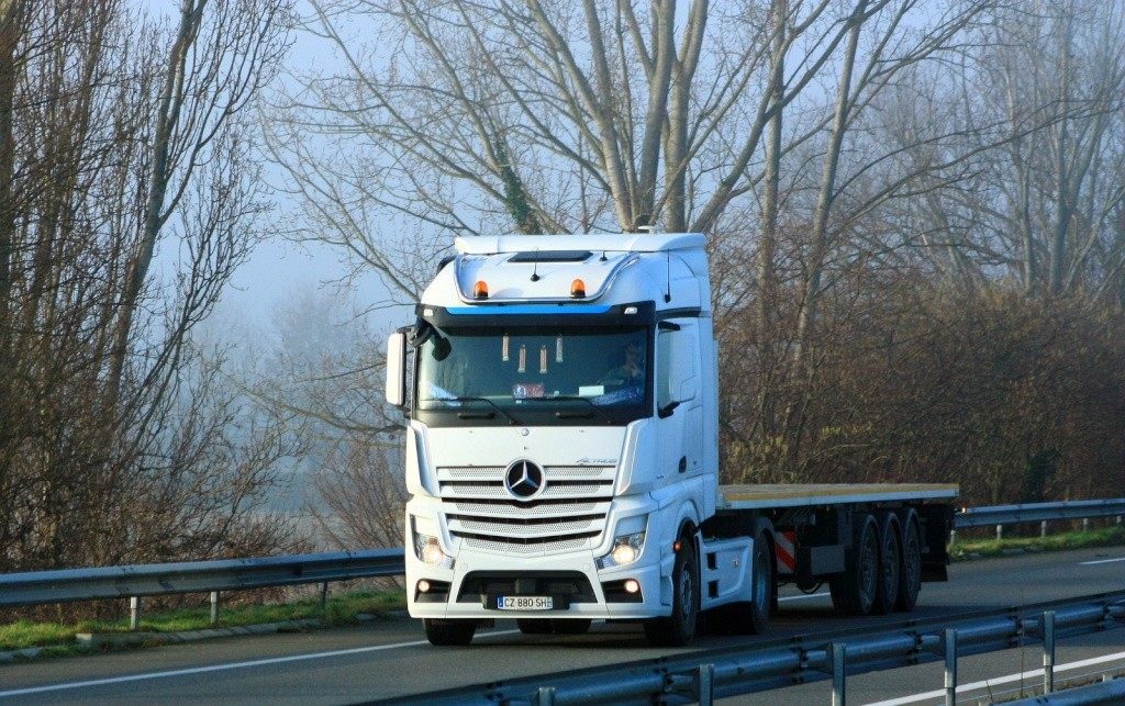 Mercedes Actros MP4 (euro 6 )  - Page 6 Img_7447