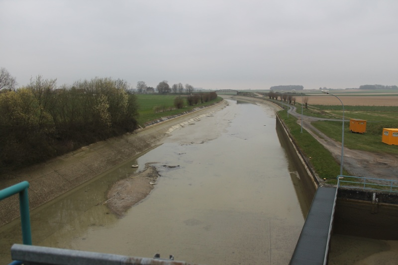 le canal du nord au chomage Img_4510