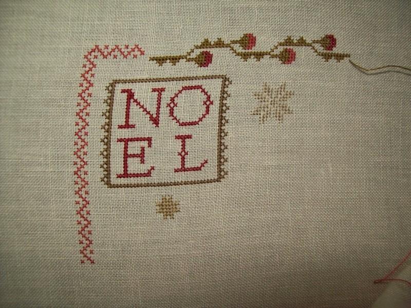 SAL Sauvage NOEL SAMPLER de Brenda Gervais - Page 2 102_0246