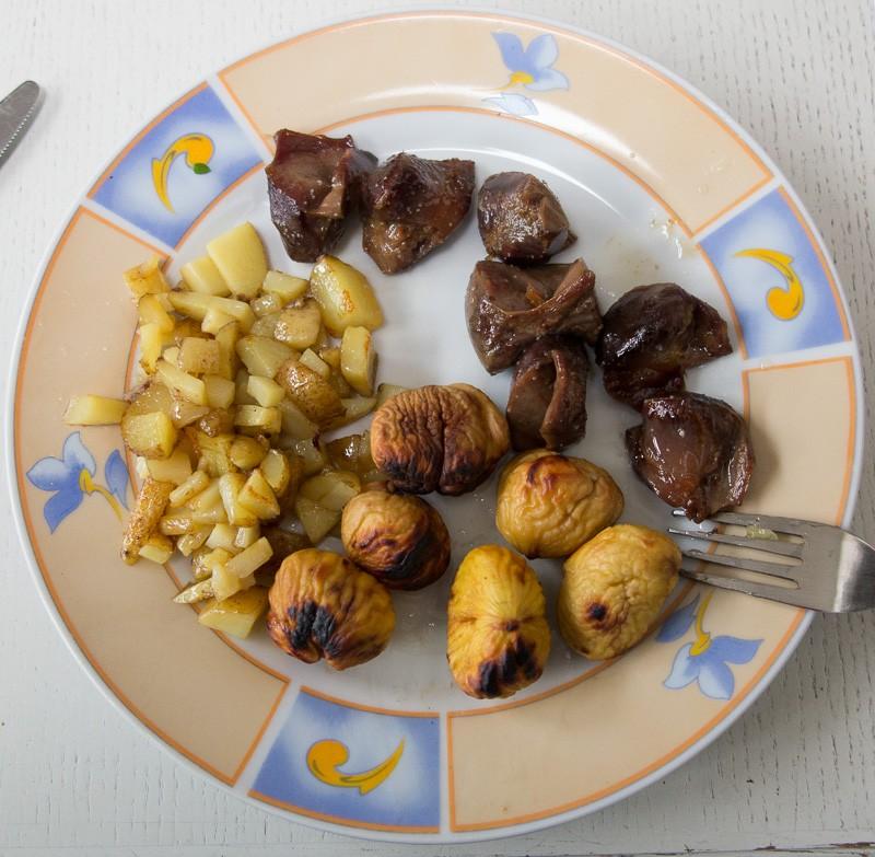 Chataignes comestibles et marrons (d'inde) G1x_2424