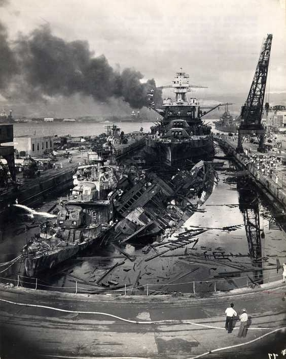 Le 7 décembre 1941,le Japon attaque Pearl Harbor Cassin10