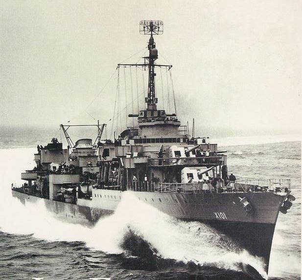 Les contre-torpilleurs français Fantas10