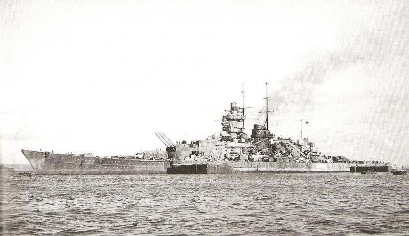 Cuirassés allemands Gneise11