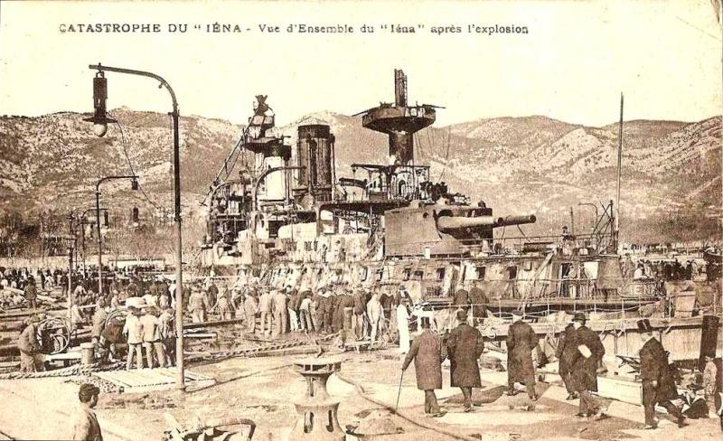L'explosion du cuirassé Iéna. Iena_111