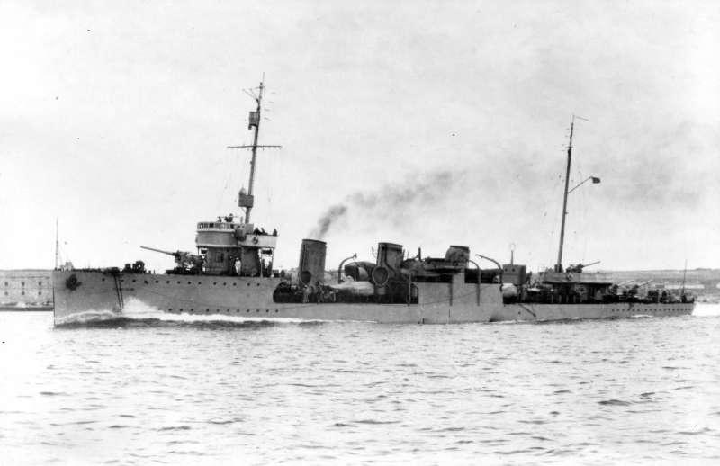 Destroyers russes/Soviétiques  Nezamo10