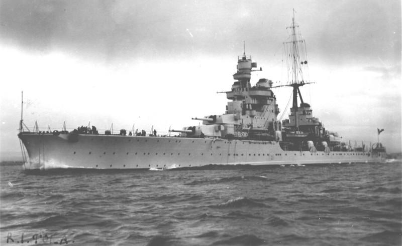 Croiseurs italiens Pola_110