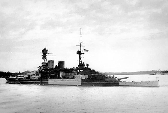 Le 10 décembre 1941, destruction de la force Z par les jap Repuls10