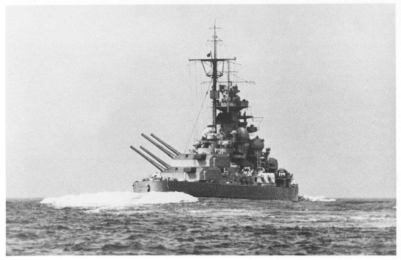 Cuirassés allemands Tirpit11