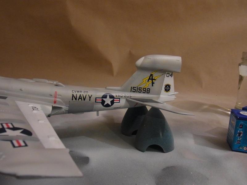 Grumman EA-6A Wild Weasel / Revell, 1:48 Rimg0029