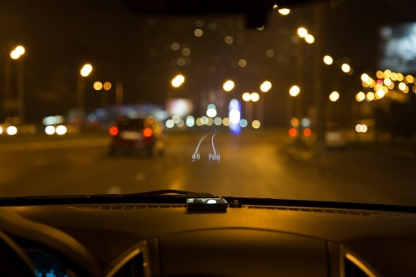 HUDWAY turns your iPhone into a head-up display system Hudway10