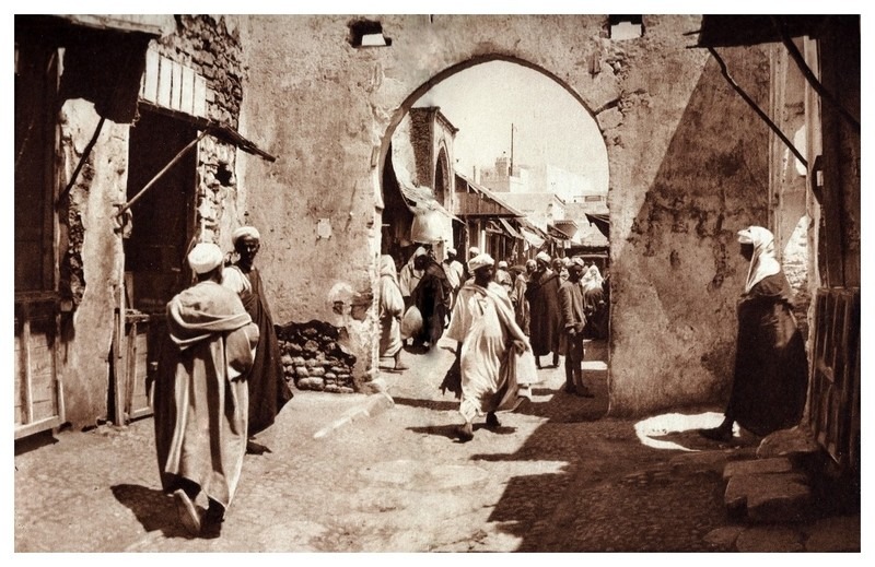 La Féerie Marocaine - Page 2 1-scan10