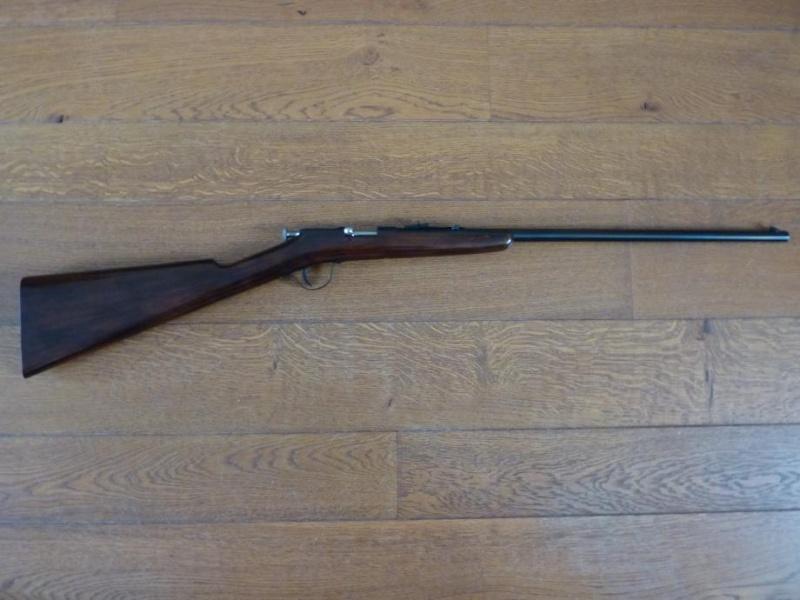 Datation pour deux modèles de la FN (petit complément avec numéro des armes) Calibre 22 LR 00001_10