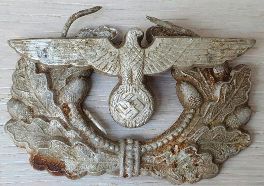 Avis sur l'authenticité d'insignes de casquette d'officier Wehrmacht 2020-111