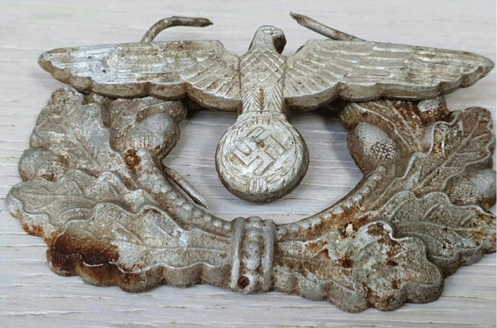 Avis sur l'authenticité d'insignes de casquette d'officier Wehrmacht 2020-112