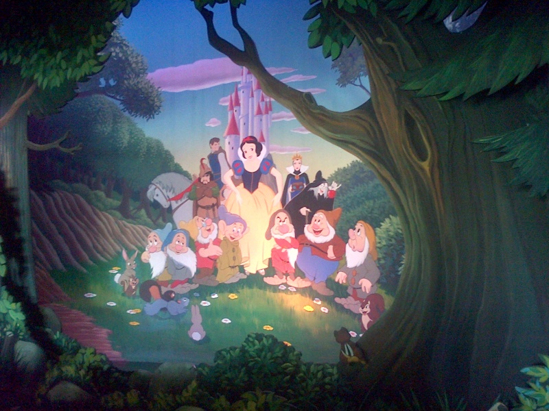 Attraction Blanche Neige et les 7 nains - Page 8 Chessy11