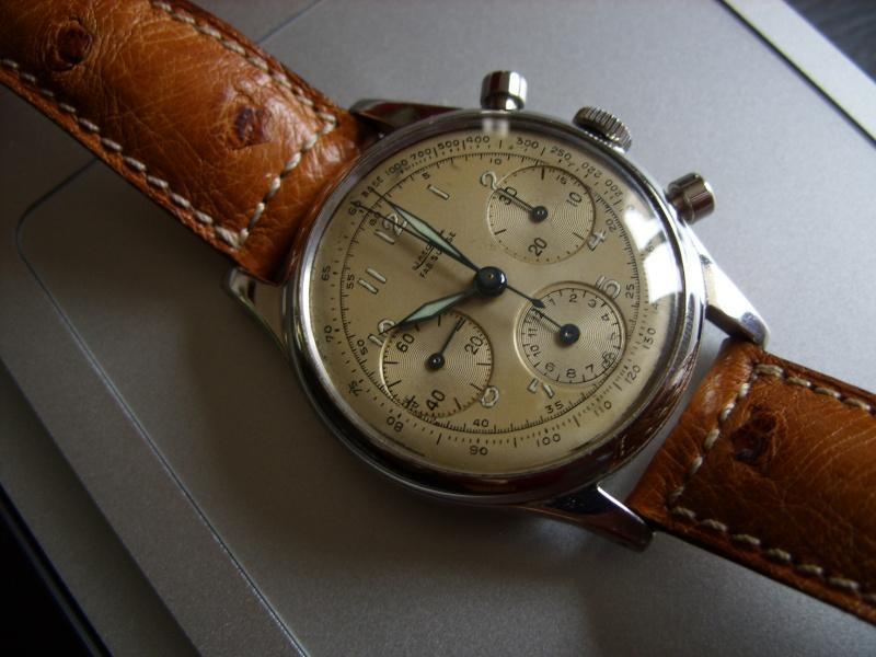 Les chronographes Universal Geneve de la série Compax - 2eme Partie Stp83310